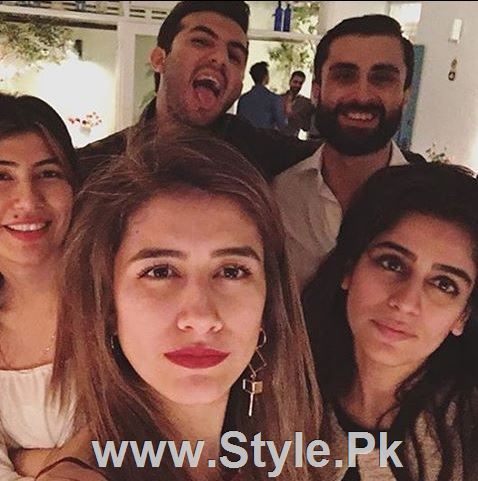 Pictures of Pakistani Celebrities on New year's Eve (7)