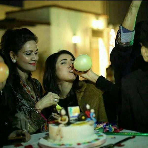 Sarwat gilani celebrated her Birthday- balloon