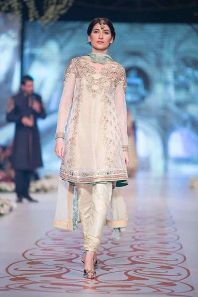 Trends Of Knee Length Shirts 2016 In Pakistan005