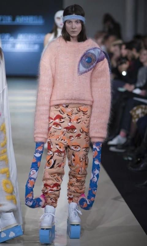Weird Fashion Trends 2016- pink