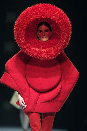 Weird Fashion Trends 2016-red