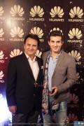 Shehroze Sabzwari and Behroze Sabzwari at Huawei Mate 8 Launch
