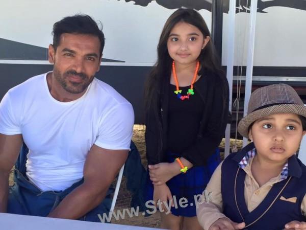 Javeria Saud's kids with Varun Dhawan and John Ibrahim (12)