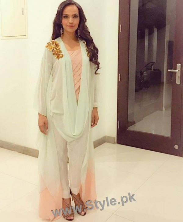 Latest clicks of Aamina Sheikh (4)