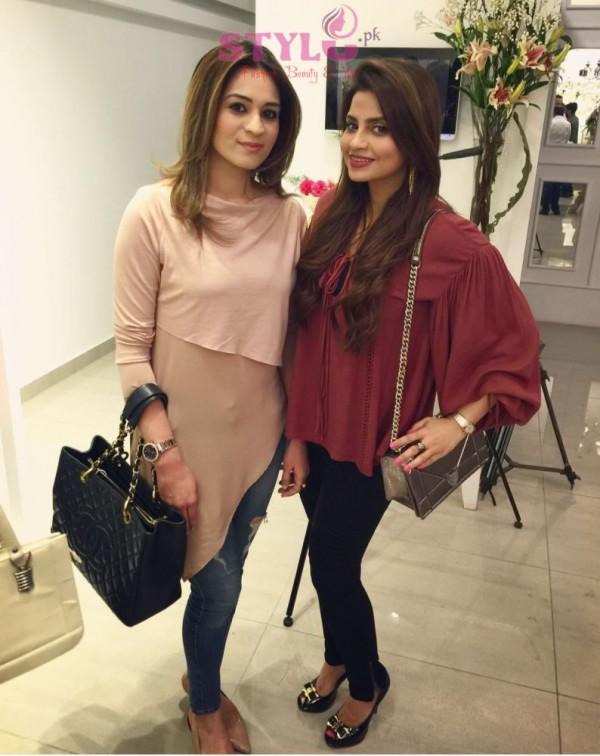 Mahvish Hasan & Sana Shahnawaz at Zainab Chottani flagship store Launch