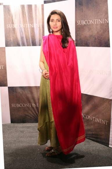 Maira Khan in Shalwar Kameez. red