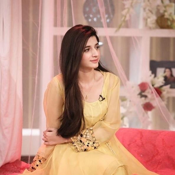 Nadia Khan praised Mawra Hocane for avoiding vulgarity in Sanam Teri Kasam (4)