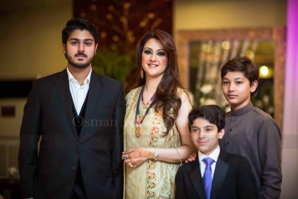 Noman Ijaz family