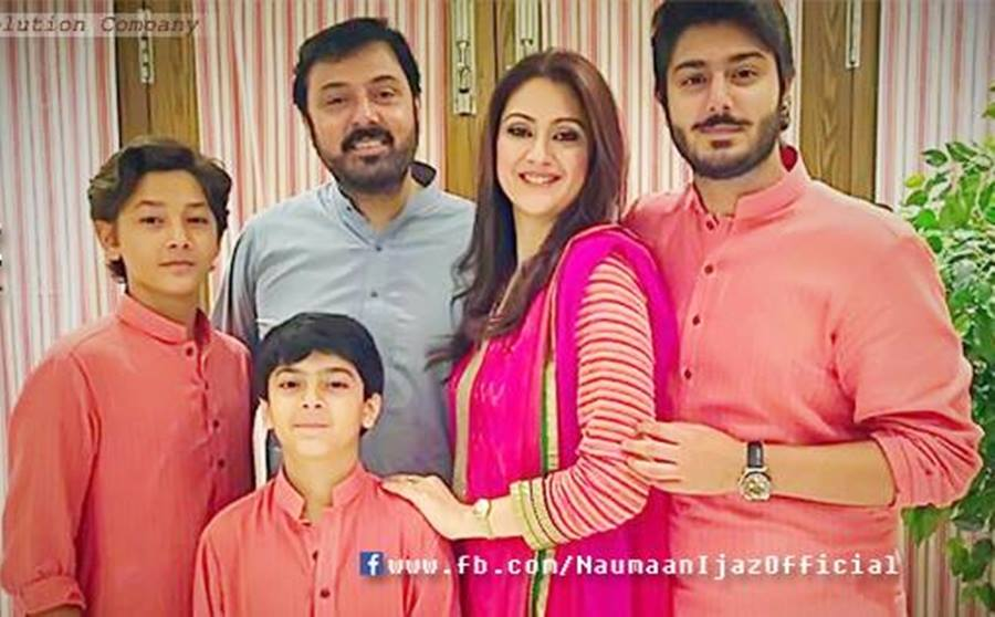 adorable family pictures of noman ijaz with wife amp three sons
