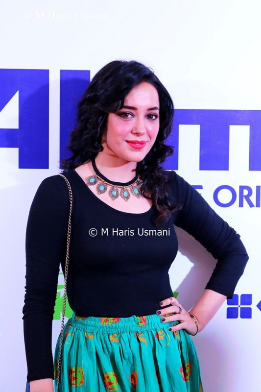 Pakistani Celebrities at the Launch of Gul Ahmed (9)