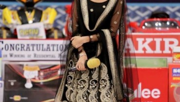 See Sajal Ali in Desi Look at Jeeto Pakistan