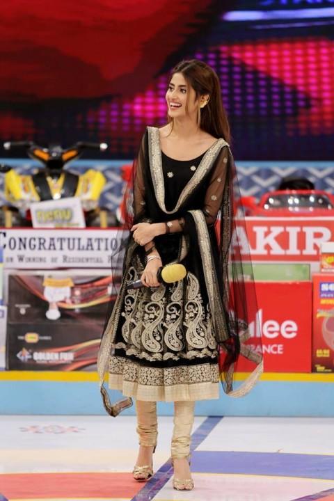 See Sajal Ali in Desi Look at Jeeto Pakistan