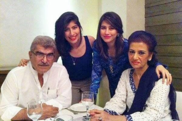 Syra Yousuf Palwasha Yousuf father