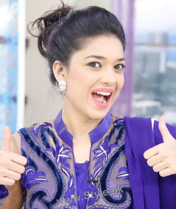 Top 10 Pictures in which Sanam jung is smiling high (5)