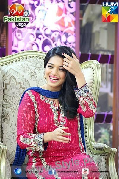 Top 10 Pictures in which Sanam jung is smiling high (7)