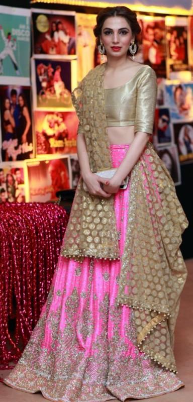 lehnga choli style 2016- golden