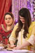 minal khan mother