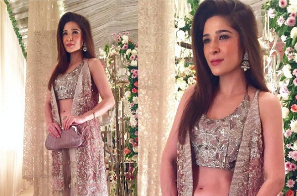 Ayesha Omer In Tena Durrani Outfit
