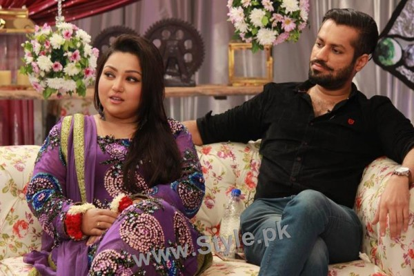 Pictures of Uroosa Siddiqui with her husband  (3)