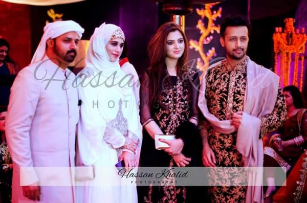 Recent clicks of Atif Aslam with his Wife (2)