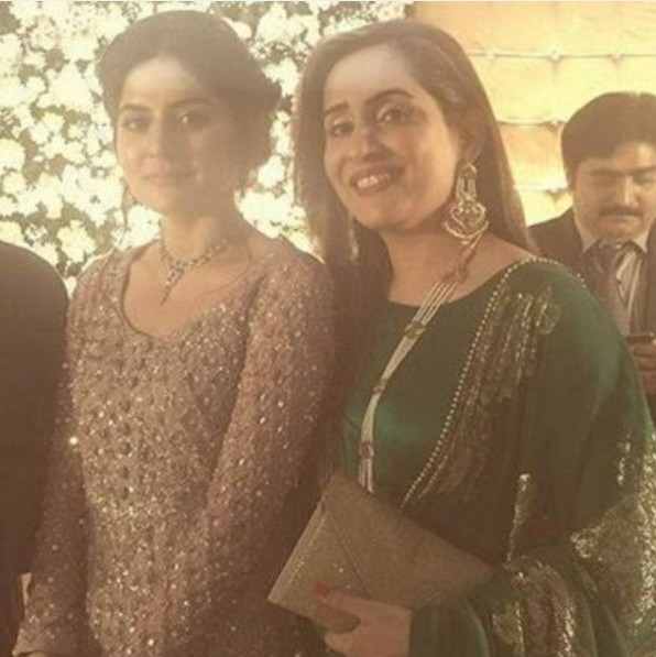 sanam baloch and sabreen hisbani