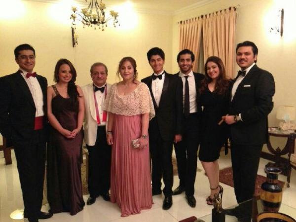 sheheryar munawar family