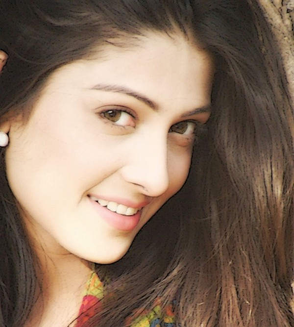 Ayeza Khan eyes