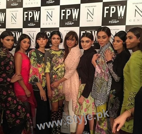 Looks of Pakistani Celebrities at FPW'16 Day 1 (5)