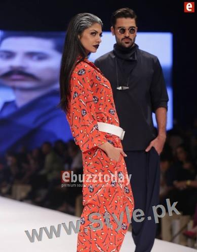 Looks of Pakistani Celebrities at FPW'16 Day 1 (8)