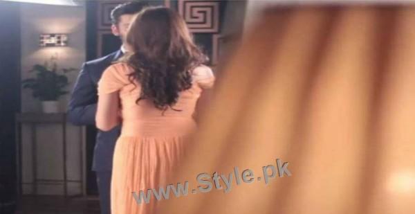 Once again Lux TVC brings Fawad Khan close to Mahira Khan (3)