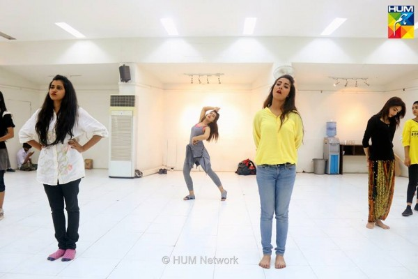 Pakistani Celebrities during rehearsals of 4th HUM Awards 2016 (10)