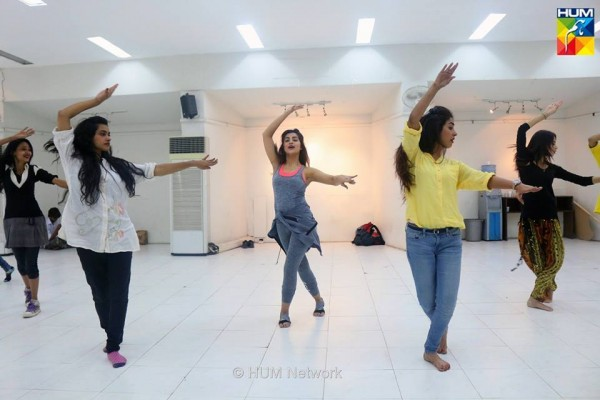 Pakistani Celebrities during rehearsals of 4th HUM Awards 2016 (9)