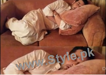 Pictures of Pakistani Celebrities when they are asleep (3)