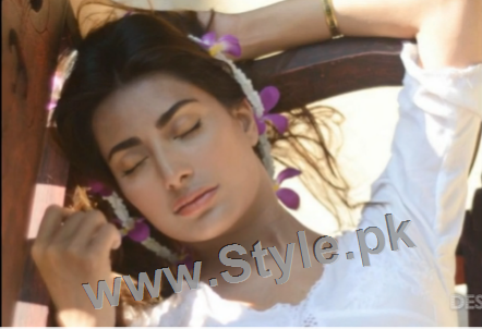 Pictures of Pakistani Celebrities when they are asleep (7)
