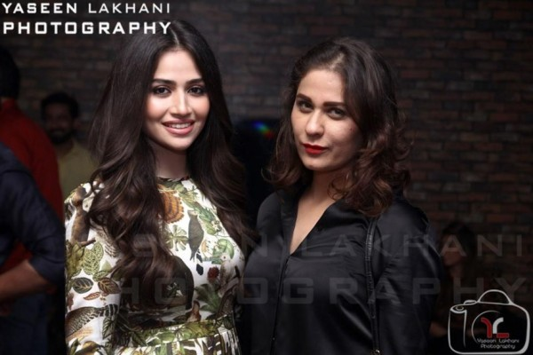 Sana Javed is an actress who has many close friends in Industry (5)