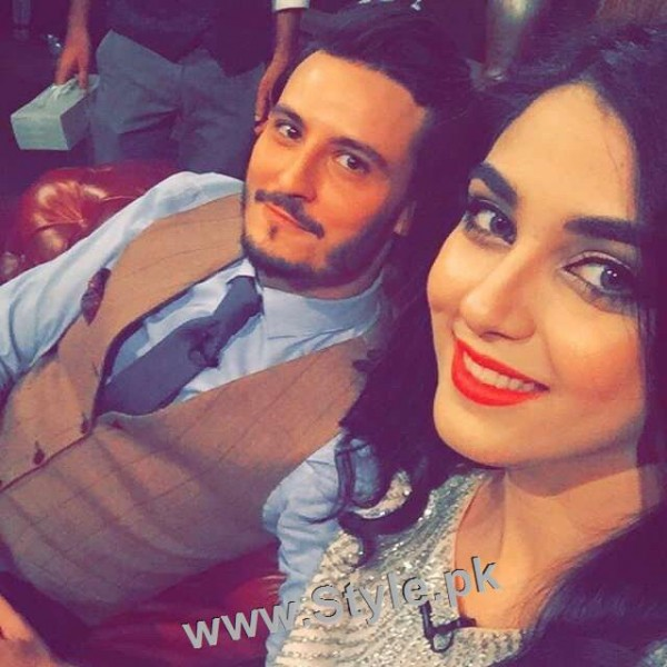Top 10 Pictures of on screen couple Maya Ali and Osman Khalid Butt (3)