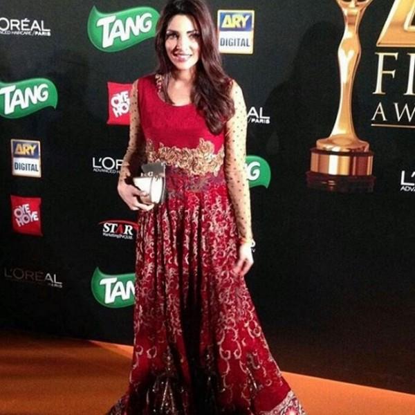 Zhalay Sarhadi at ARY Film Awards 2016