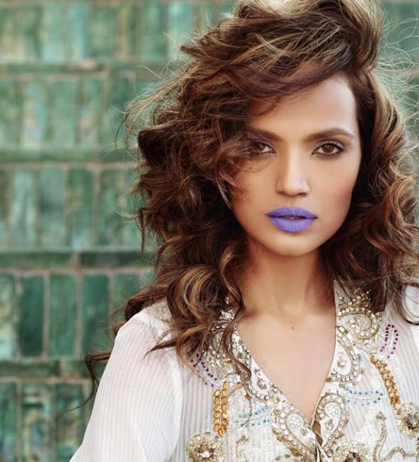 Aamina Sheikh In Purple Lipstick
