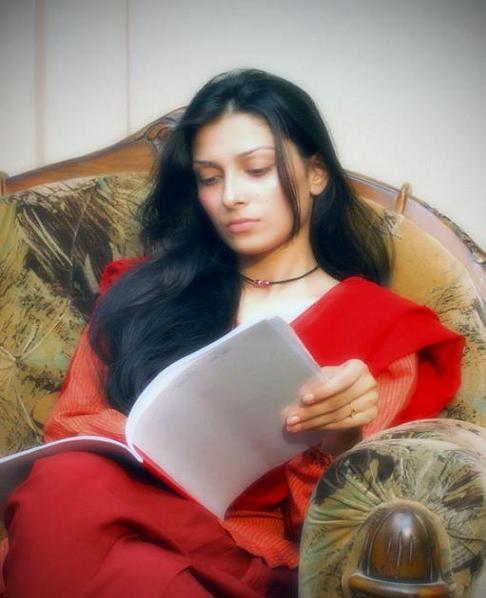 Ayeza Khan Without Makeup