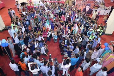 Ahsan Khan arranged Bazar e Ramzan for Needy People (9)