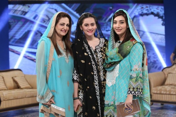 Aiman Khan , Layla Zuberi and Ayesha Khan