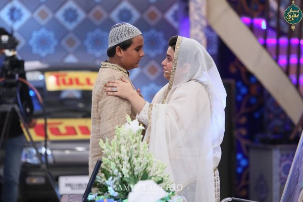 Amjad Sabi's son in Ramzan Transmission (3)