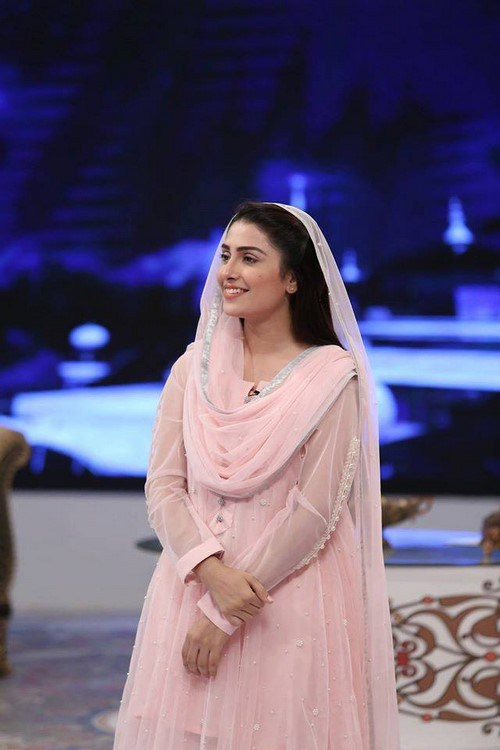 Ayeza Khan and Ayesha Khan in Ramadan Show