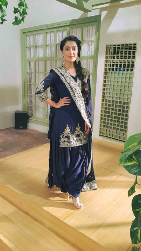 Ayeza Khan in purely Desi Look (6)
