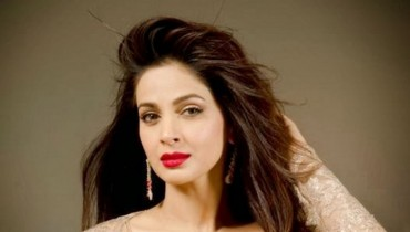 See Saba Qamar says an actor needs to be shameless in front of Camera