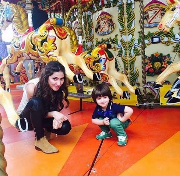 Mahira Khan with her little fan