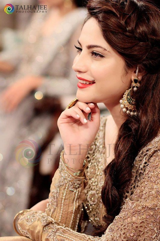Neelum Muneer on the set of upcoming Eid Show (3)