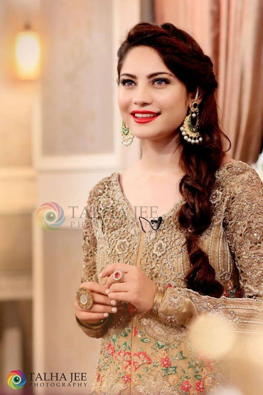 Neelum Muneer on the set of upcoming Eid Show (4)