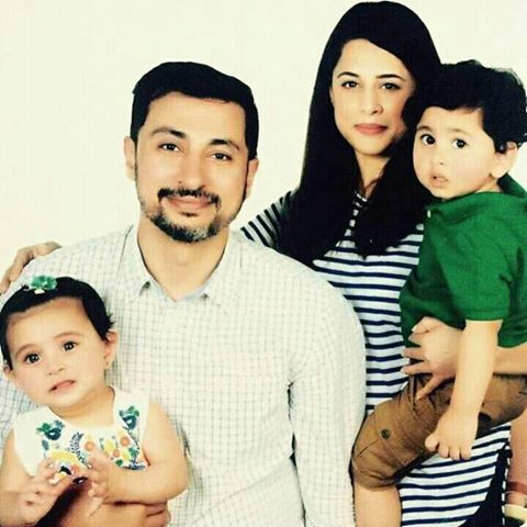 Picture of Mehreen Raheel with her Family (2)