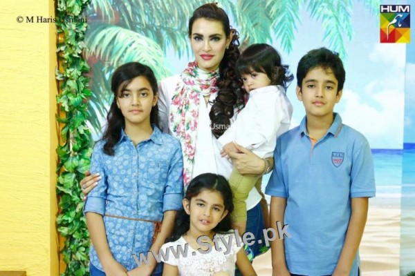 See Recent Pictures of Nadia Hussain with all her four kids